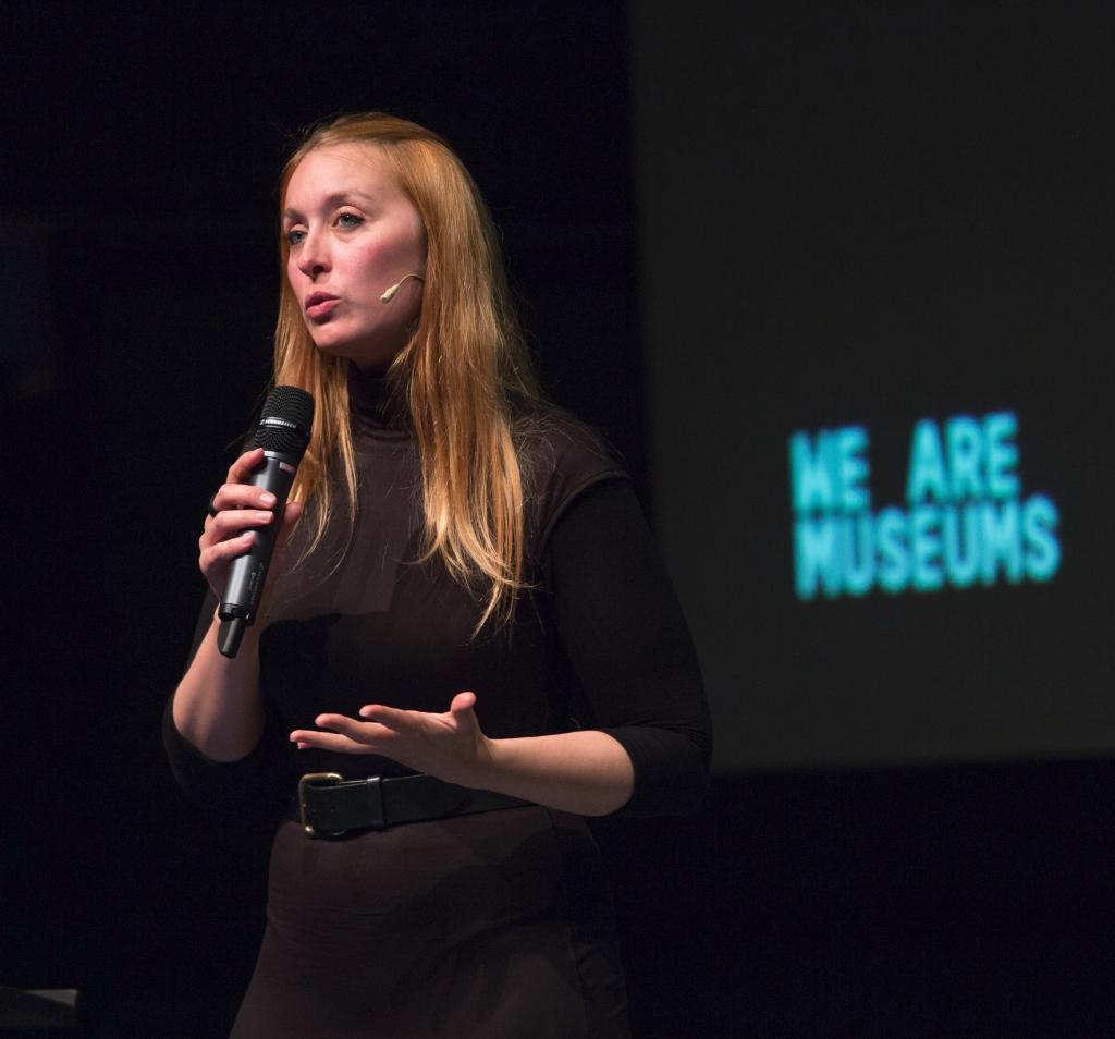 Portrait de Diane Dubray sur scène